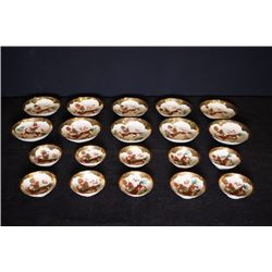 "Early 20th century, 10 gold plated ""Dargon"" medium dishes and 10 small dishes. u o"