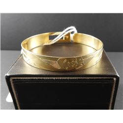14 kt gold Eagle Haida Craved Bracelet Artist Signed