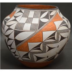 ACOMA INDIAN POTTERY OLLA (GARCIA)
