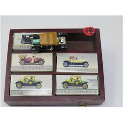 OLD CARD DISPLAY MINATURE, MODEL T ETC