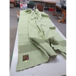 TRAPPER POINT BLANKET - 4 POINTS, WOOL MADE IN ENGLAND