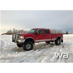 2004 FORD F-350 CREW CAB PICKUP