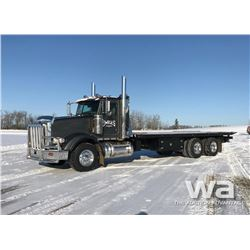 2014 PETERBILT 367 T/A ROLL OFF DECK TRUCK