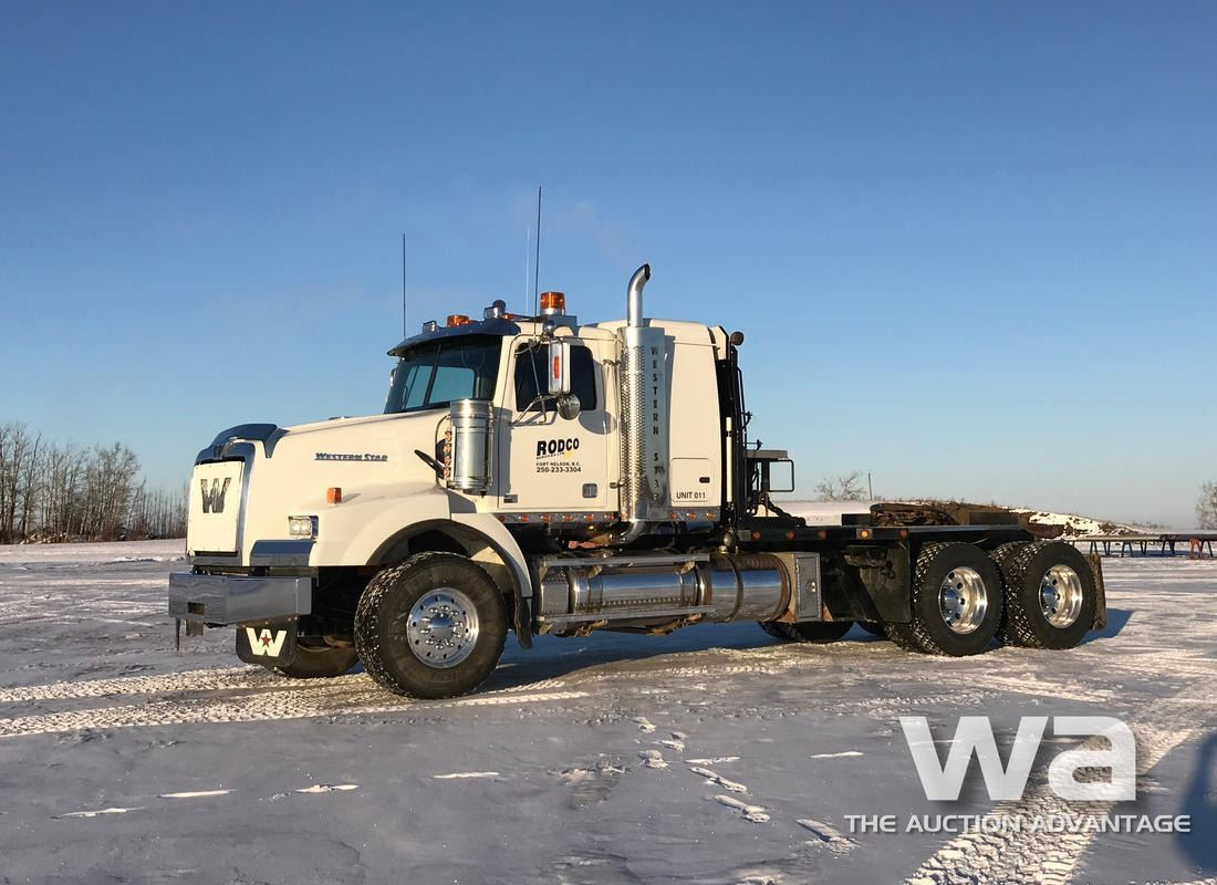 2011 WESTERN STAR 4900SA T/A WINCH TRUCK