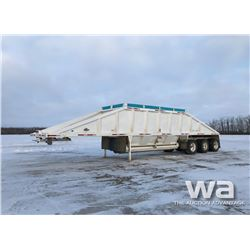 2005 DECAP TRIDEM CLAM DUMP TRAILER
