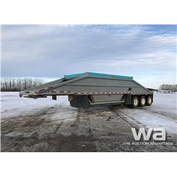 1999 LOAD KING TRIDEM CLAM DUMP TRAILER