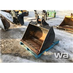 "WBM 42"" CLEANOUT BUCKET"
