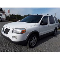 A4 -- 2005 Pontiac Montana , White , 198409  KM's