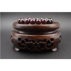 One Bead Bracelet.