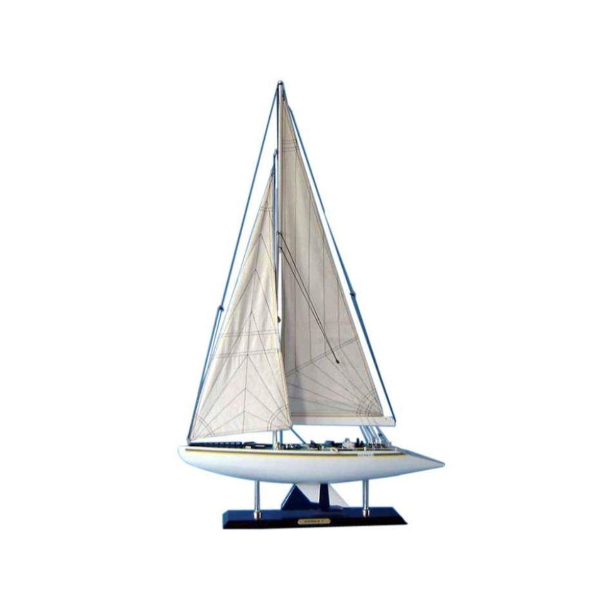 Wooden Australia 2 Limited Model Yacht 40