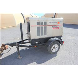 2011 Lincoln Electric Vantage 500 Welder / Generator (Starts,Runs,Not Fully Tested See Video)