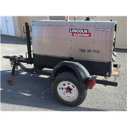 2011 Lincoln Electric Vantage 300 Welder / Generator (Starts,Runs,Not Fully Tested See Video)