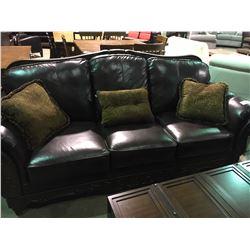 BROWN LEATHER & WOOD SCROLLED FRONT SOFA AND LOVESEAT SET WITH 5 THROW PILLOWS