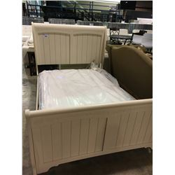 ASHLEY WHITE LEAF PRINT DOUBLE SLEIGH BED