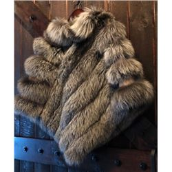 LADIES SILVER FOX FUR CAPE