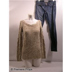 The Possession Stephanie (Kyra Sedgwick) Movie Costumes