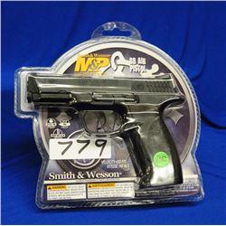 Smith & Wesson M&P CO2 177 BB Pistol