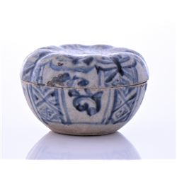 Chinese Ming Dynasty Blue And White