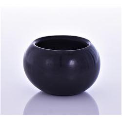 Birdell Small Polished Black Pottery Bowl