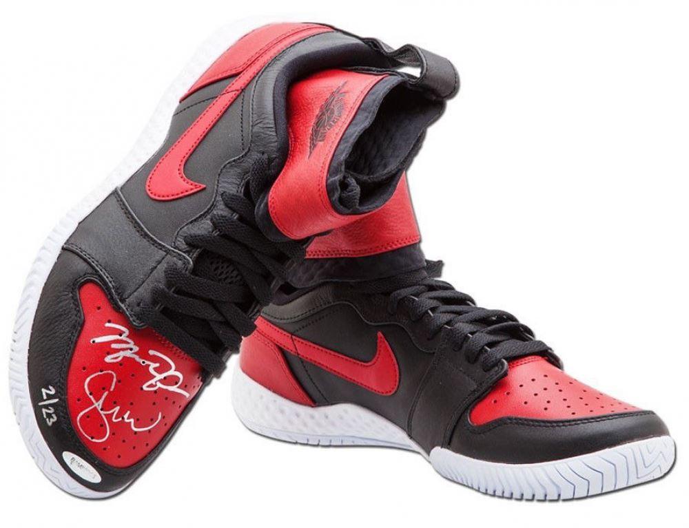 a20f8abe8caf Image 1   Serena Williams Michael Jordan Signed LE Jordan 1 Shoes  (UpperDeck)