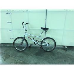 WHITE NO NAME BMX BIKE