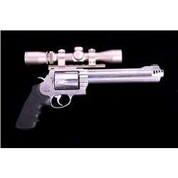 Smith & Wesson 460 XVR Double Action Revolver
