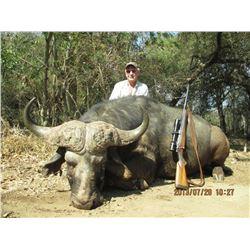 African Safari for 2 - 3 Hunters on an Exclusive Big-5 Hunting Area.