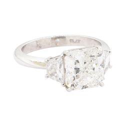 4.43 ctw Diamond Wedding Ring - Platinum