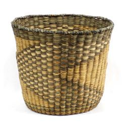Native American Hopi Wicker Two Toned Basket