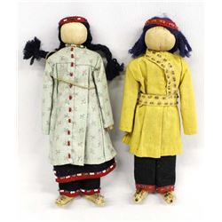 2 Native American Cherokee Cornhusk Dolls