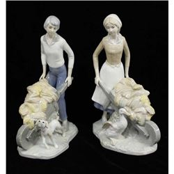 2 Japanese Porcelain Figurines