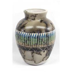 Native American Navajo Horse Hair Pottery Vase
