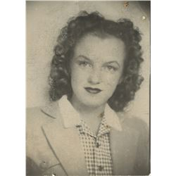 Marilyn Monroe personal teenage photograph - Norma Jeane at 14 years old.