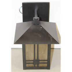 NEW OUTDOOR LIGHT FIXTURE 312010ORB/FA
