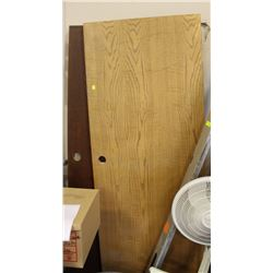 "LOT OF 2 WOOD STYLE DOORS 30"" X 80"""