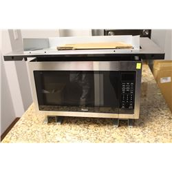 WHIRLPOOL 1550 WATT MICROWAVE WITH TRIM KIT