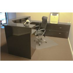 """U"" SHAPED GRANITE RECEPTION DESK W/ OFFICE CHAIR"