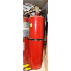 10 POUND DRY CHEMICAL FIRE EXTINGUISHER