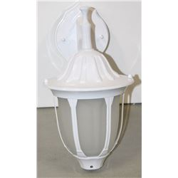 NEW OUTDOOR LANTERN 301130WH/FR