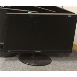 "APPROXIMATELY 22"" FLAT SCREEN MONITOR"