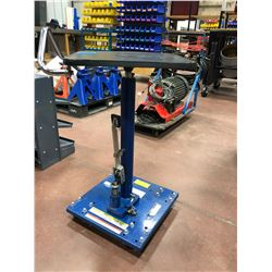 VESTIL rolling lift table Mod HT-02-1616A 200lb capacity