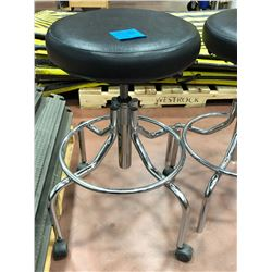 Adjustable stools Qty 2 - 1 w/o casters