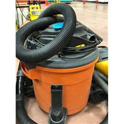 RIGID shop vac 5 hp 12 gal/45l  Mod WD12701