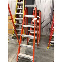 Fiberglass ladders 6'