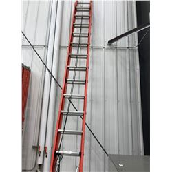 Fiberglass extension ladder 16'