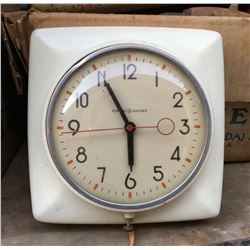GENERAL ELECTRIC, VINTAGE WALL CLOCK