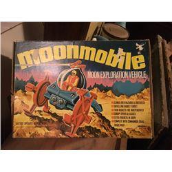 MOONMOBILE, VINTAGE TOY MODEL W / ORIGINAL BOX