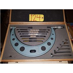 "Mitutoyo 104-138 Micrometer 6"" to 12"""