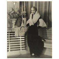 Bebe Daniels oversize special portrait photograph for The Maltese Falcon.