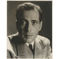 Humphrey Bogart extraordinary signed oversize photograph.